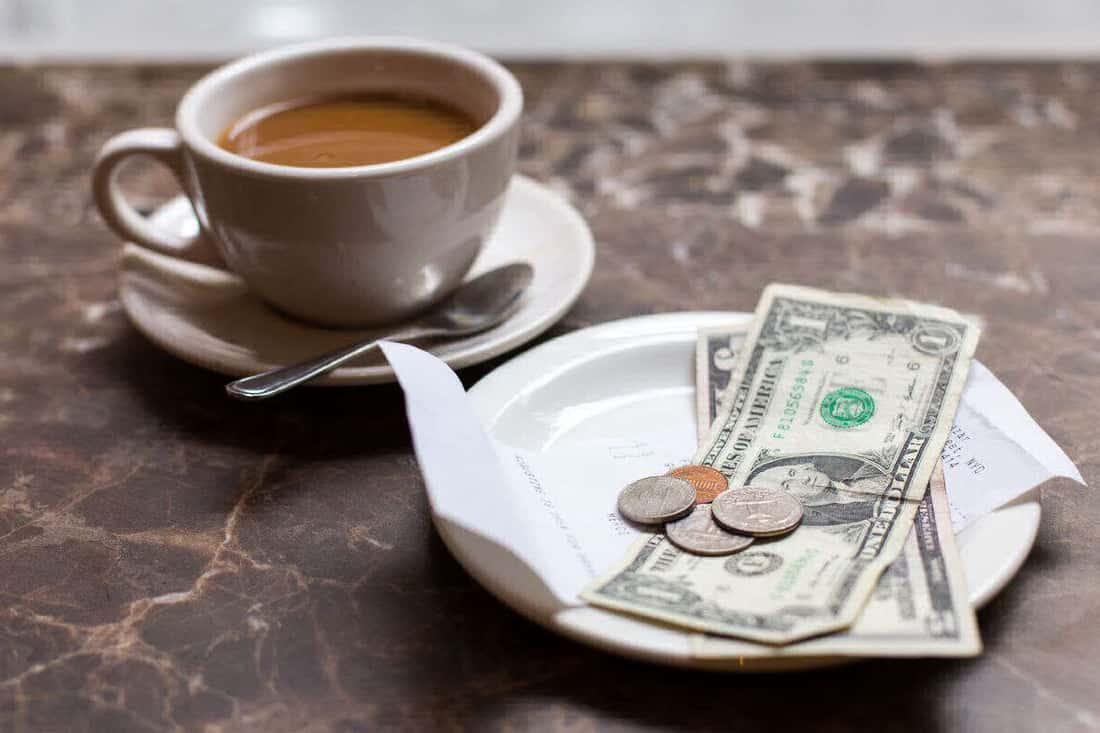 Чаевые — отличный способ оценить работу заведения
