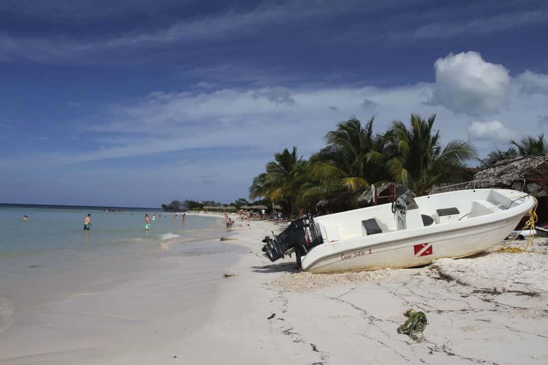 Пляж Кайо-Джутиас, Куба