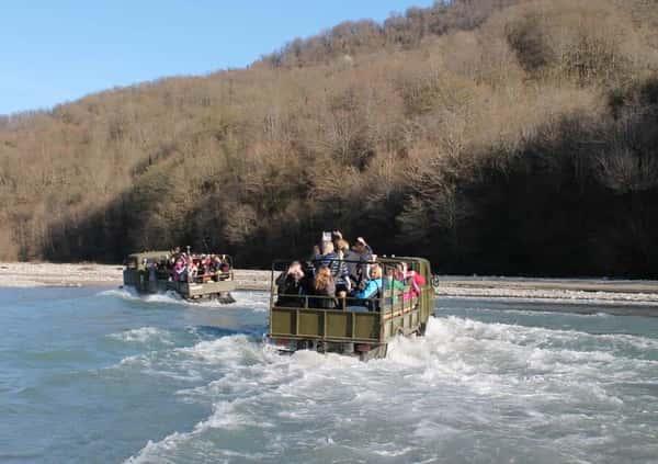Долина 33 Водопада + Кавказское застолье