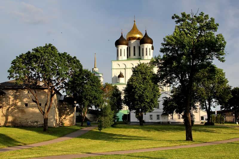 Свято-Троицкий кафедральный собор, Псков
