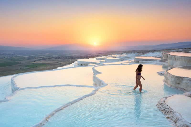 Всемирно известные ванны Памуккале, Турция